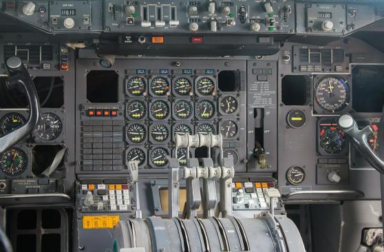 Técnico superior en mantenimiento de aviónica